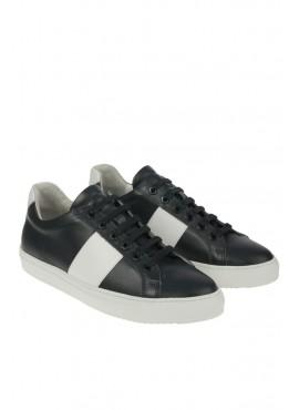 Sneakers National Standard
