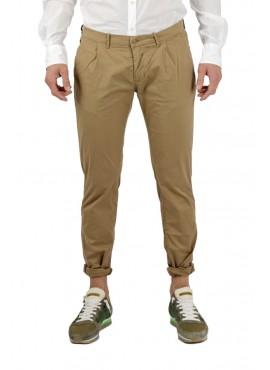 Pantalone chinos