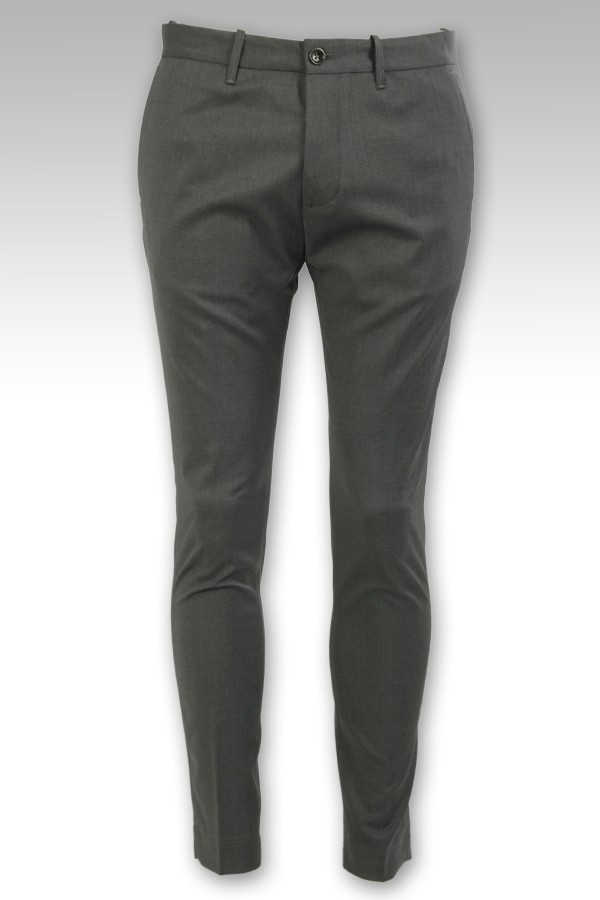 Pantalone Nine In The...
