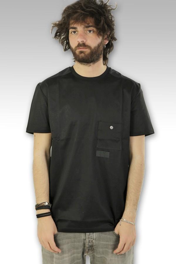 T-Shirt Low Brand con taschino