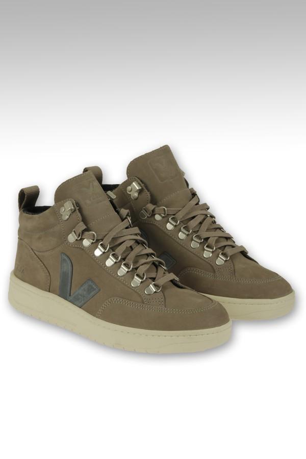Sneaker Veja alta